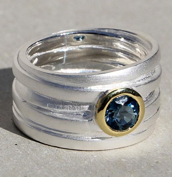 Silberring mit Topas london blue | Wickel