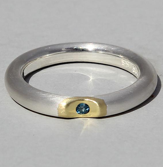 Silberring vergoldet mit Topas london blue   Lula