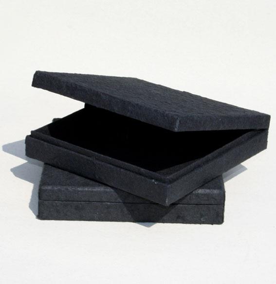 Papierbox -Collier- schwarz