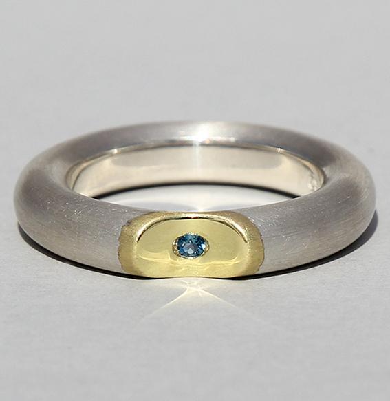 Silberring vergoldet mit Topas london blue   Lula big