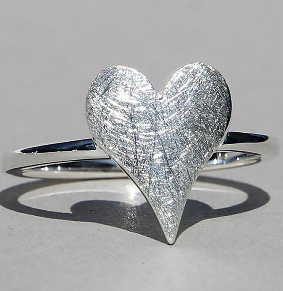 Silberring   sharp heart