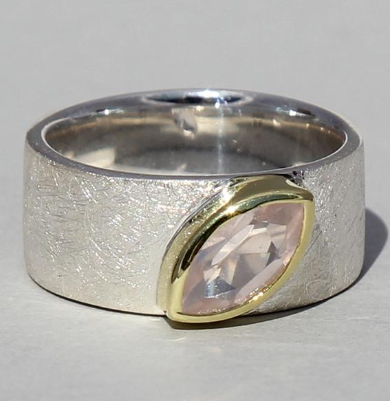 Silberring teilvergoldet mit Rosenquarz   Mathilda