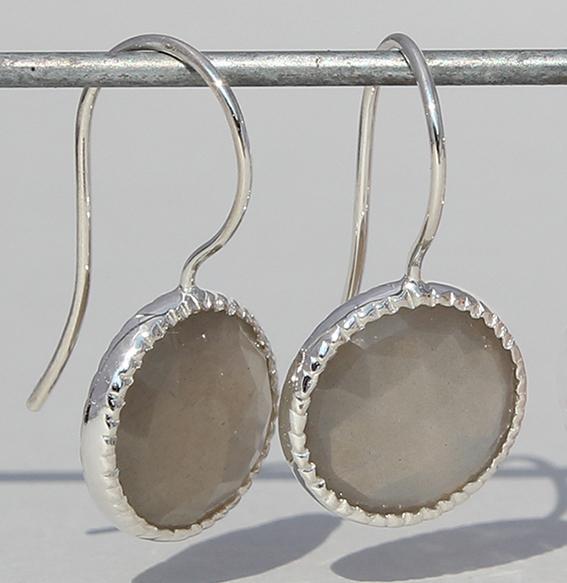 Silberohrhänger mit Mondstein grau   Spring sparkle