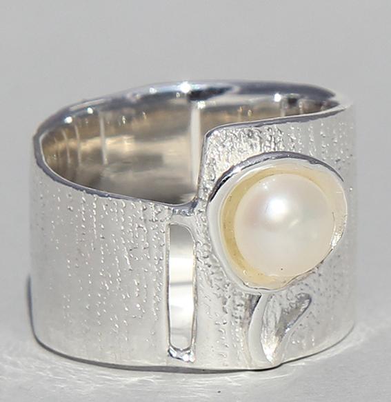 Silberring mit SWZ Perle   Perlblume