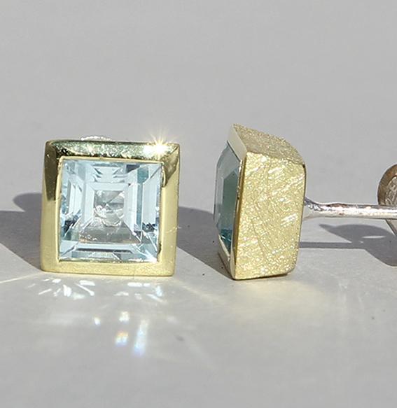 Vergoldeter Silberohrstecker Carree Topas