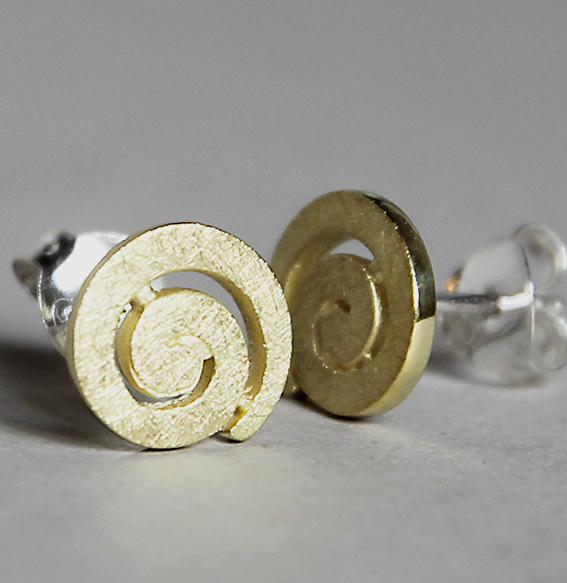 Spiral-Ohrstecker vergoldet   mittel
