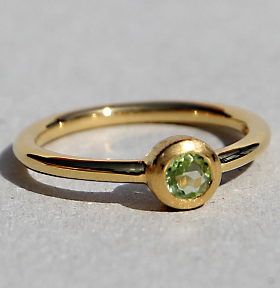 Ring vergoldet -Fine- mit Peridot