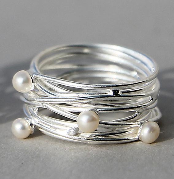 Silberring mit SWZ Perlen   Quatro